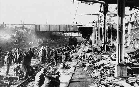 station-platform1940