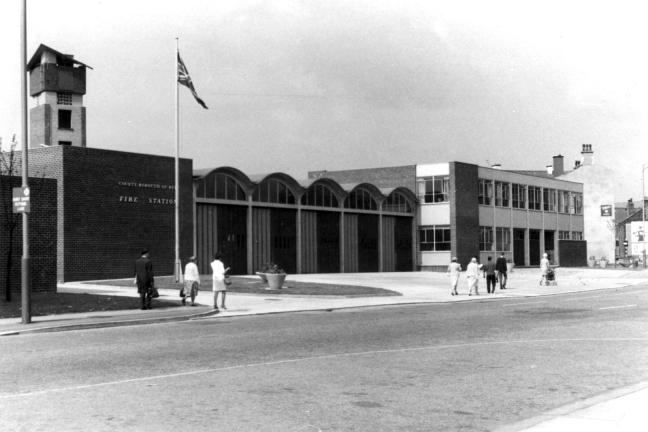 fire-station-the-rock-built-1967