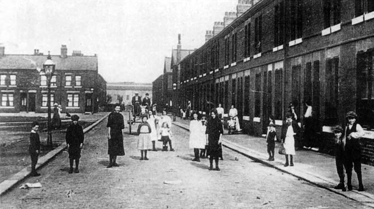 Eleventh_avenue_trafford_park_1910