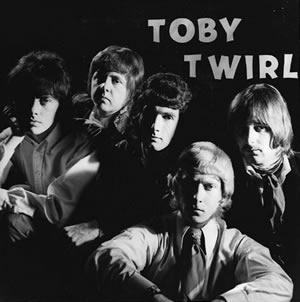 Toby-Twirl-3